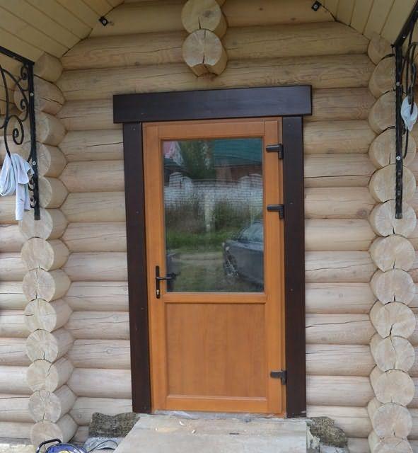 Входные двери в баню какие лучше