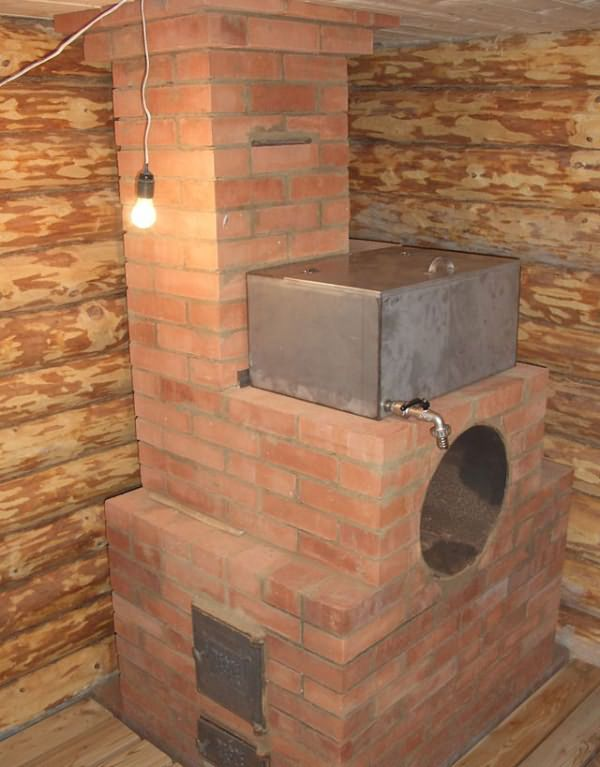 Герметизация швов и трещин в деревянном доме